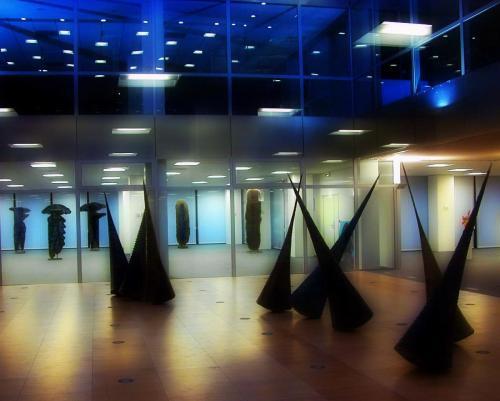 2004 - Exposition immeuble Delta